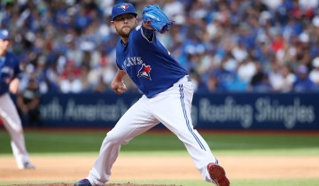 TORONTO, CANADA - JUNE 22: Drew Storen #45 of the Toronto Blue Jays delivers a pitch in the seventh inning during MLB game action against the Arizona Diamondbacks on June 22, 2016 at Rogers Centre in Toronto, Ontario, Canada. (Photo by Tom Szczerbowski/Getty Images)
